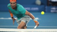 Rafael Nadal of Spain returns the ball to Andy Murray of Britain during their semi-final match at the Mubadala World Tennis Championship in Abu Dhabi January 2, 2015. REUTERS/Martin Dokoupil (UNITED ARAB EMIRATES - Tags: SPORT TENNIS)